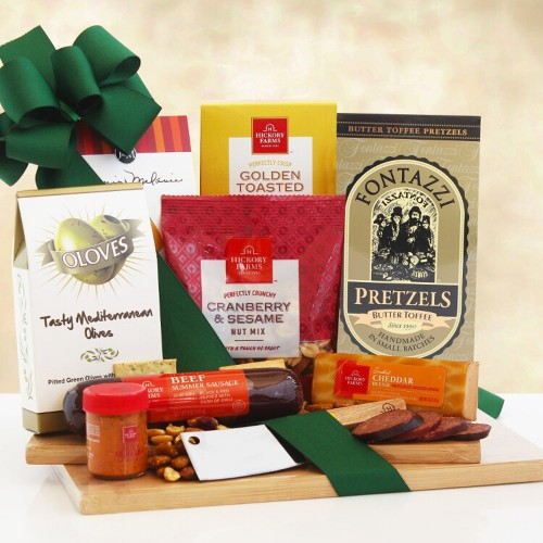 Cheeseboard Delights: Gourmet Cheese Gift Set