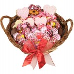 12 LARGE SWEETHEARTS GOURMET GIFT BASKET