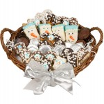 12 LARGE WINTER EDITION GOURMET GIFT BASKET